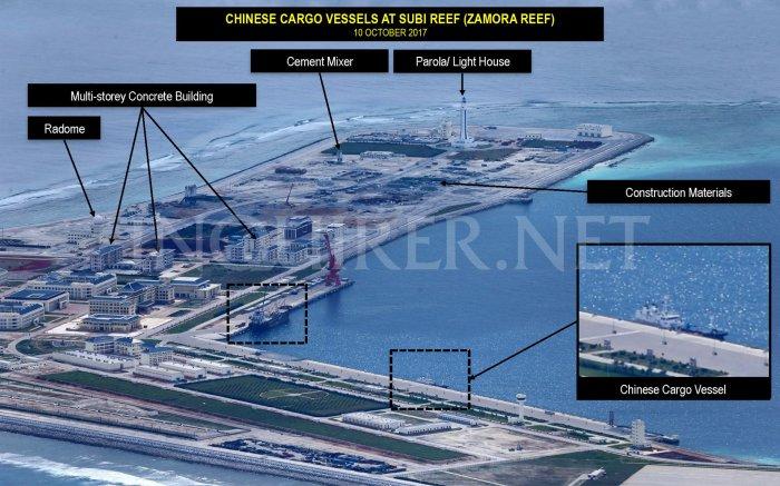 10 Oct 2017 Tàu vận tải ở Subi Reef