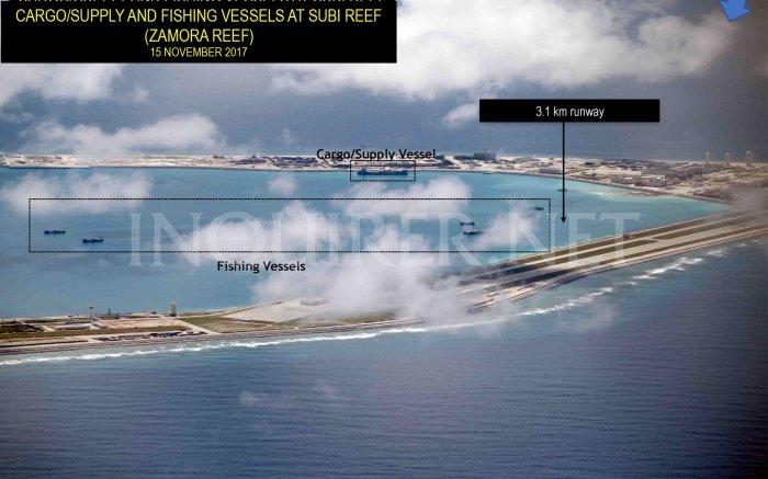 15 Nov 2017 Tàu vận tải và cung cấp ở Subi Reef